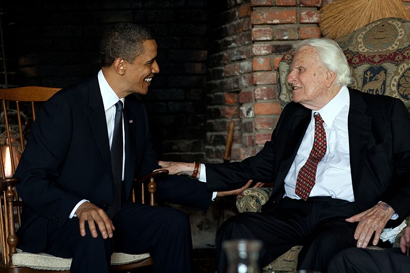 800px-Barack_Obama_and_Billy_Graham.jpg