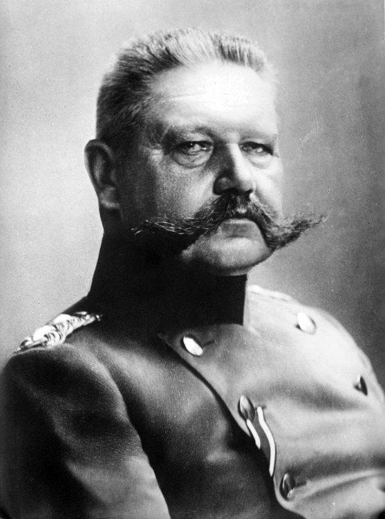Von_Hindenburg.thumb.jpg.e518726c4a0d340be4692651ebc055b2.jpg
