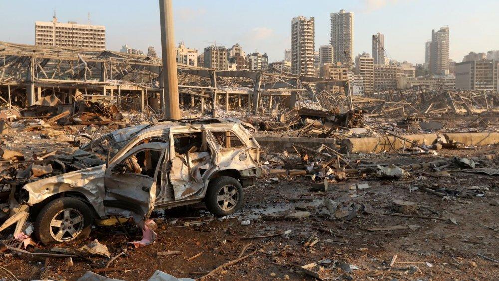 skynews-lebanon-beirut-explosion-harbour_5058188.jpg